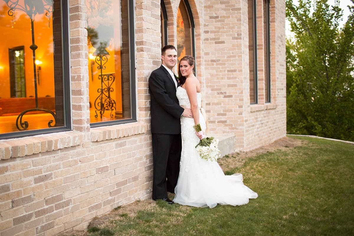 Tulsa Wedding Photography | Madalyn and Nick's Tulsa Wedding