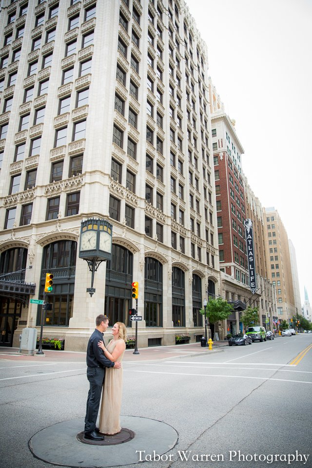 downtown tulsa engagement photographers