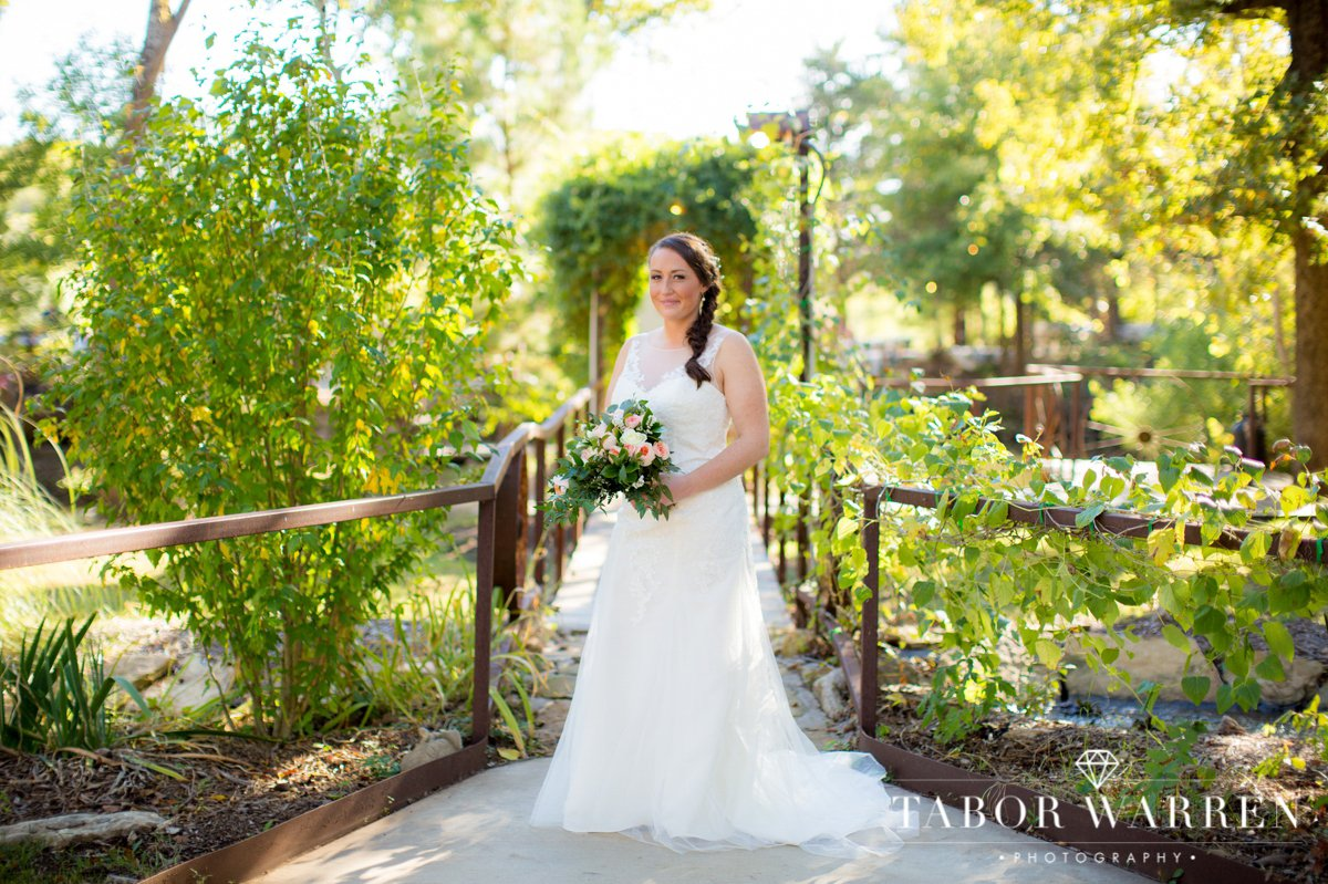 meadowlake-ranch-bridal-photography.jpg